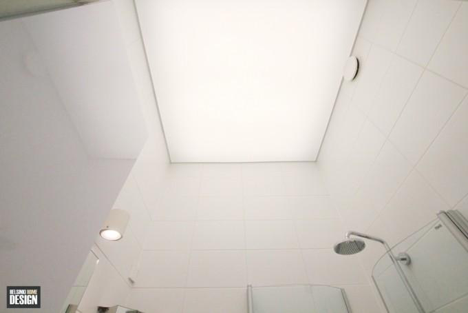 Kylpyhuoneeseen tuli päivänvalokatto